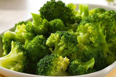 Receita deliciosa de brócolis refogado