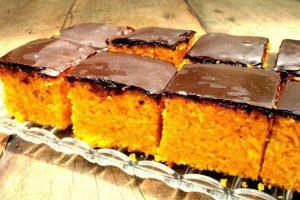 Calda de chocolate para bolo de cenoura