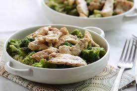 Arroz com brócolis e frango