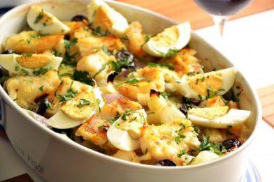 Bacalhau de forno delicioso e prático