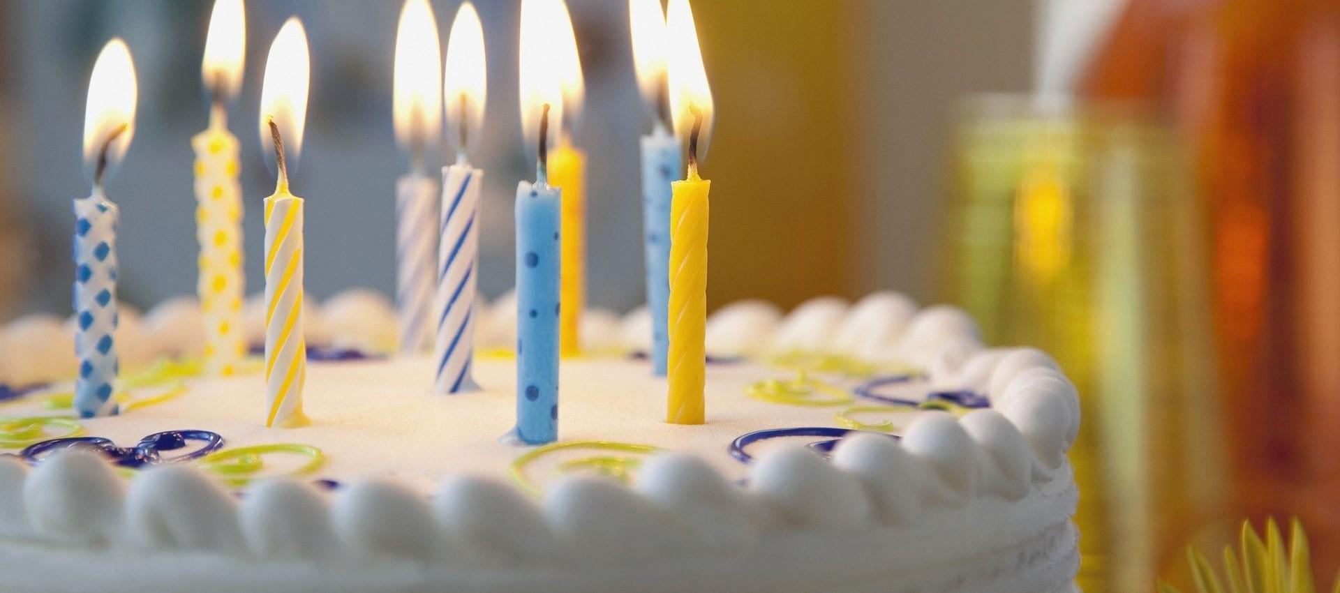 bolo de aniversário simples