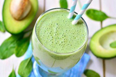 Simples e deliciosa vitamina de abacate